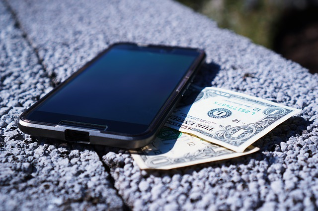 Cómo comercializar una aplicación con un presupuesto modesto