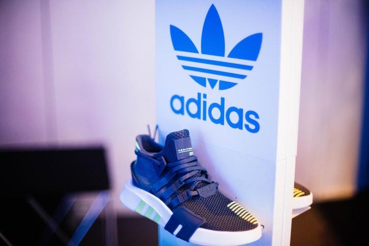 Las tres bandas de Adidas