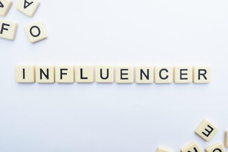 Cómo medir el rendimiento de una campaña de marketing de influencers