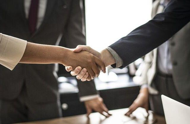 Cómo negociar el precio mientras mantiene contentos a los clientes