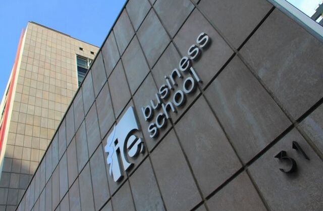 Programa Ejecutivo Customer Experience Management de IE Business School