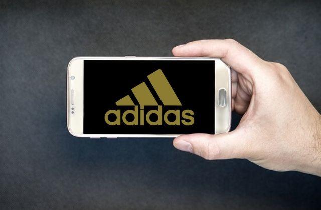 Aplicación de compras de Adidas