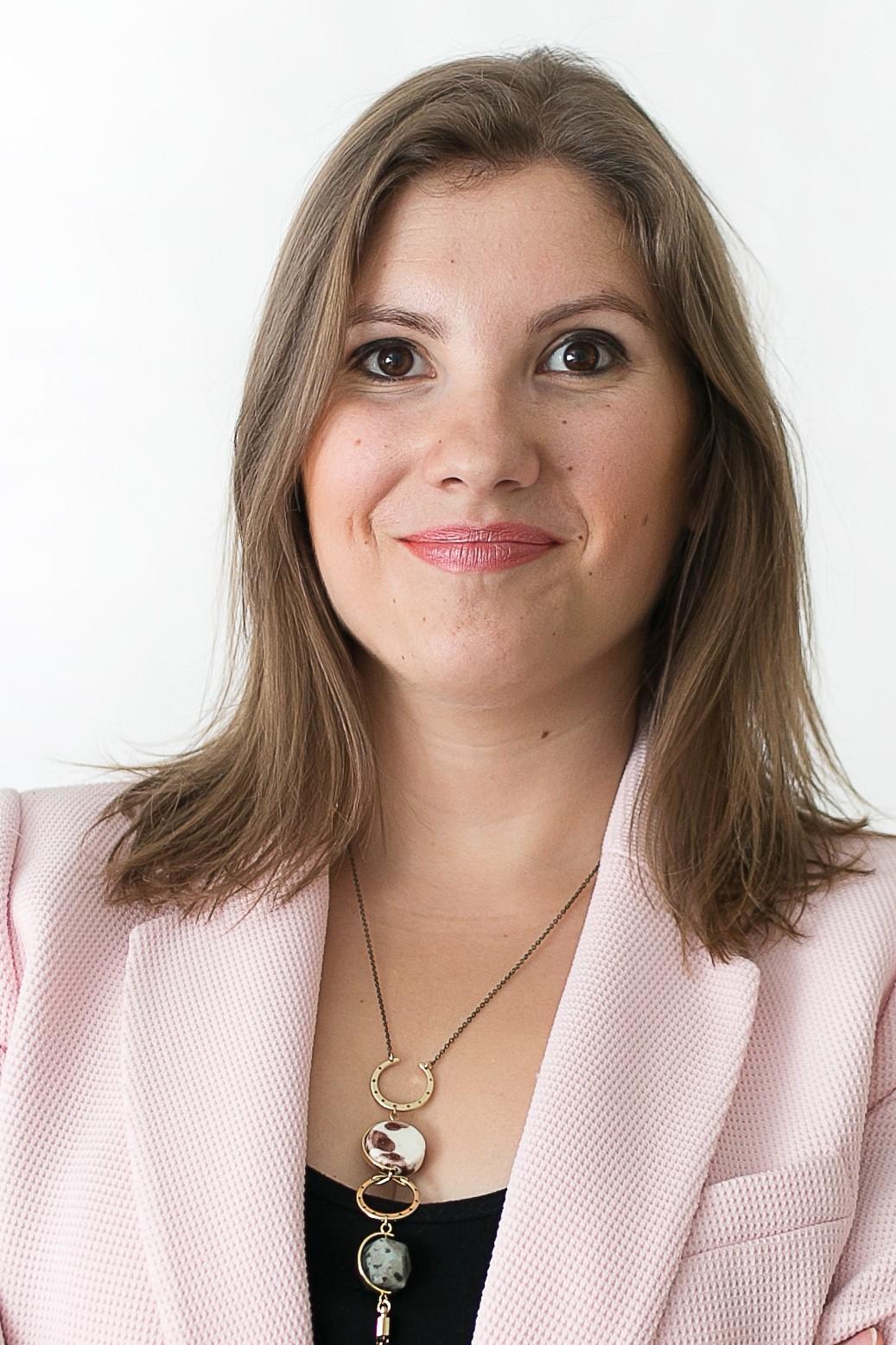 Cristina González, The Good Job