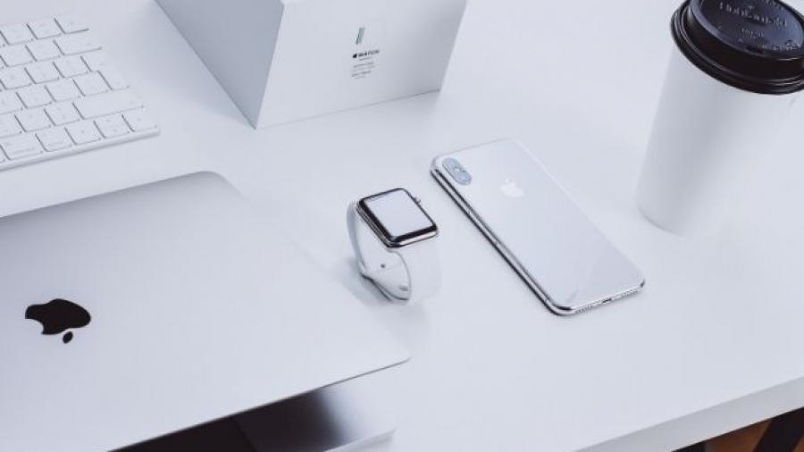 así es la estrategia de marketing de Apple. Foto de Michał Kubalczyk en Unsplash
