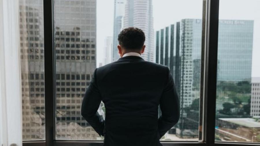 cuáles son los mejores MBA de España. Foto de Nathan Dumlao en Unsplash