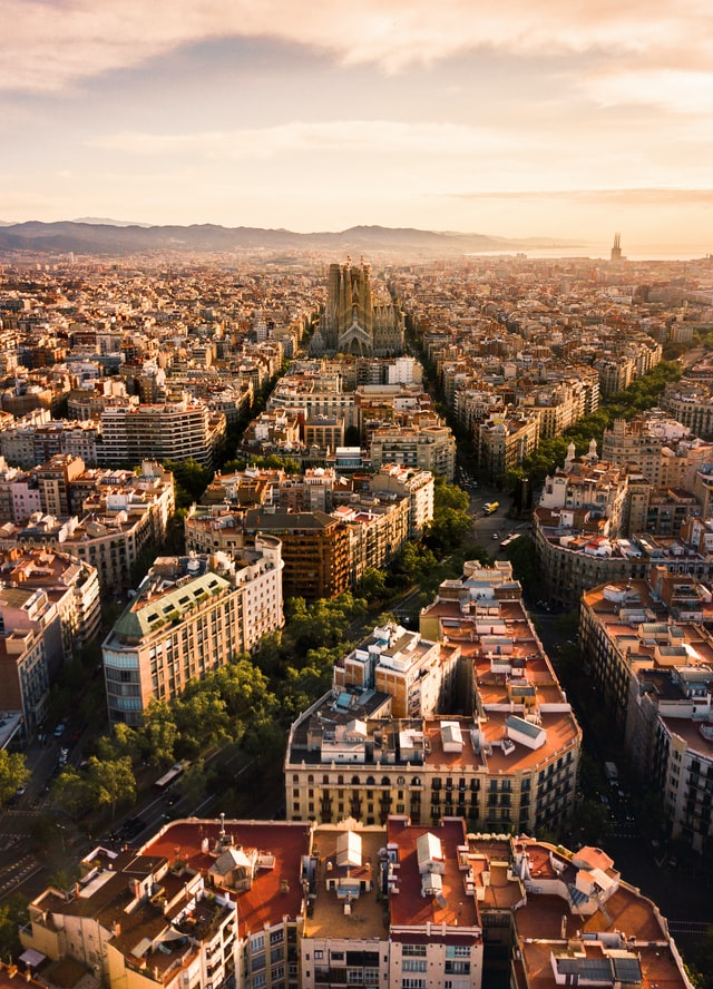 Barcelona nº 7 del ranking, photo by Alfons Taekema on Unsplash