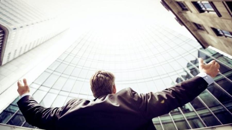 casos de empresarios jóvenes exitosos