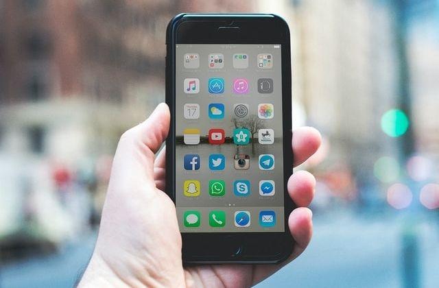 historias en redes sociales para uso de empresas