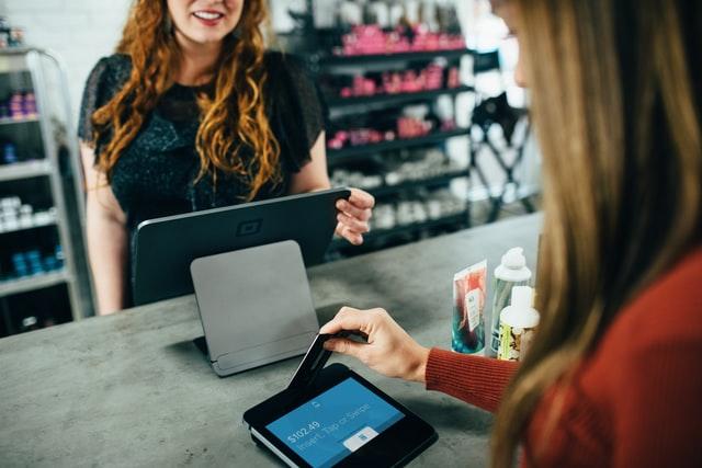 como mejorar la experiencia del consumidor