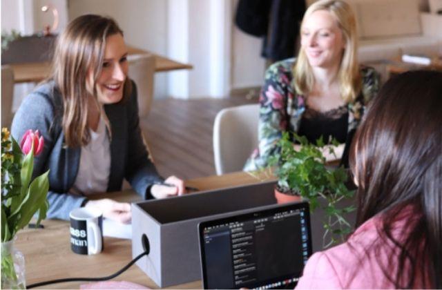 mujeres en STEM, acceso de mujeres a carreras STEM