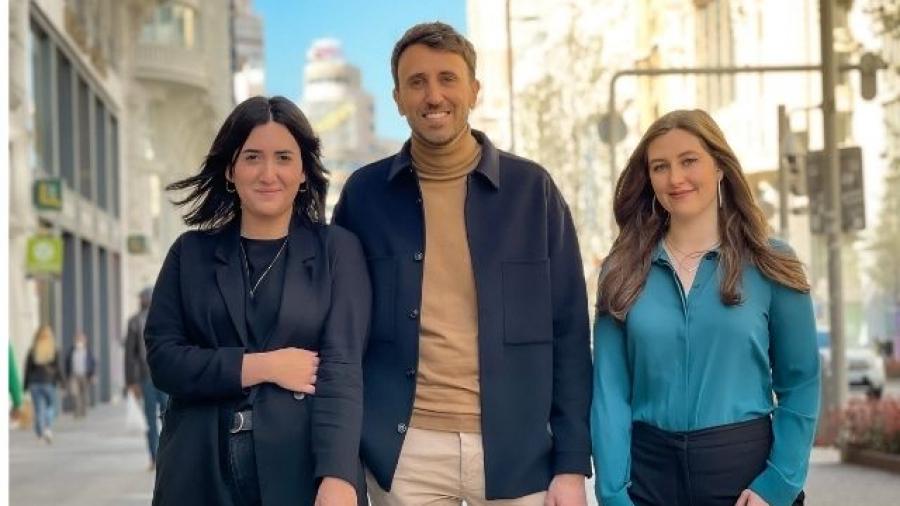 MC&SAATCHI ficha a Guillem Llull, Paula Parilla y Megan Edwards