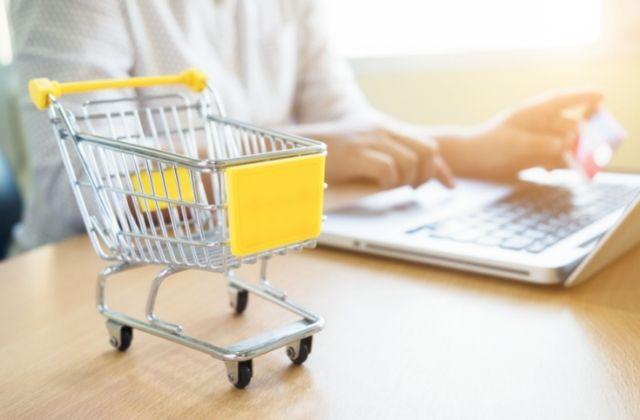 diferencias de WooCommerce vs Shopify para crear tiendas online