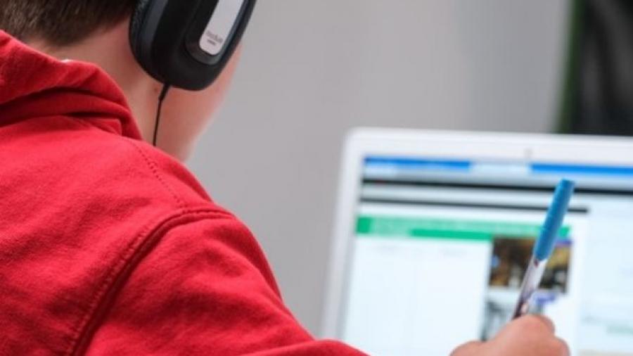AIMX y la OCCMundial presentan el estudio Educación en línea en México 2021