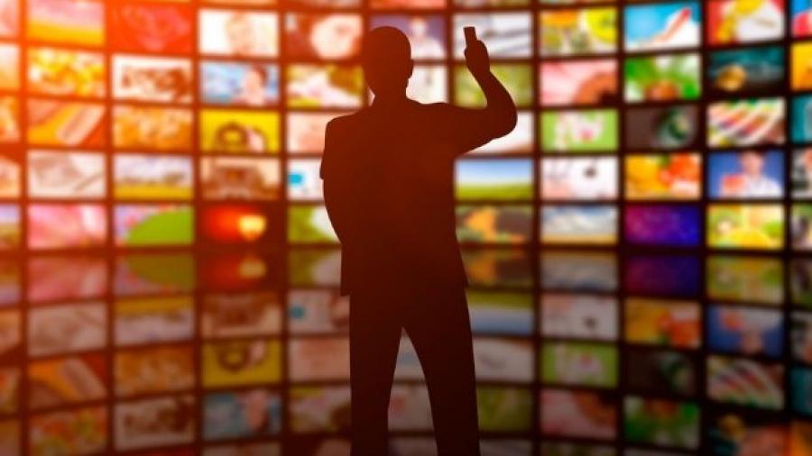 Adjust incluye en su oferta medición de anuncios de TV conectada hacia móviles