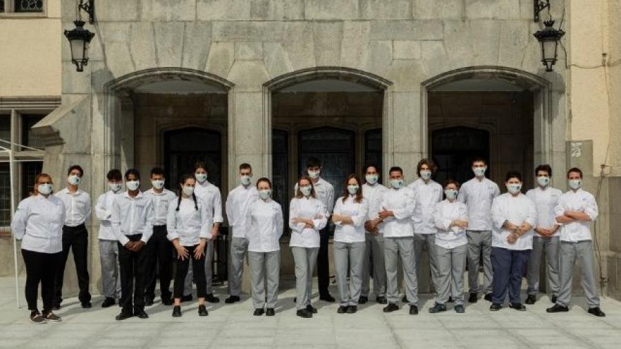 Fundación Mahou San Miguel beca a alumnos del MOM Culinary Institute by Paco Roncero & CHA